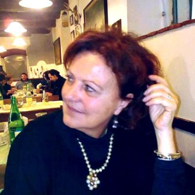 avatar for Laura Lenti