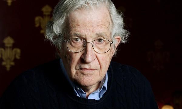Noam Chomsky e la possibilità certa della guerra