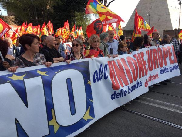 Manifestazione Eurostop: cronaca di una provocazione non raccolta