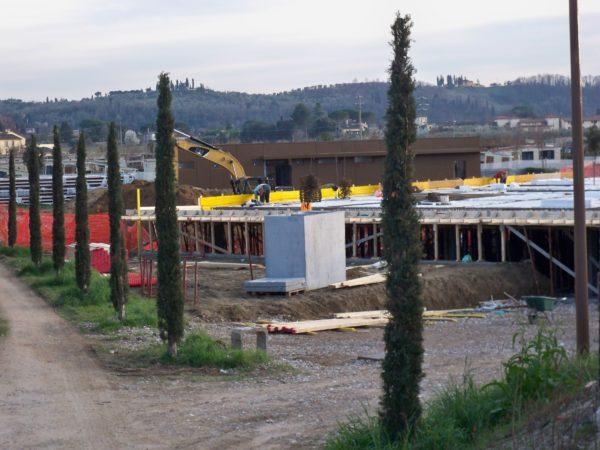 A Firenze il Comune è costretto a sospendere la costruzione del mega campeggio di Rovezzano