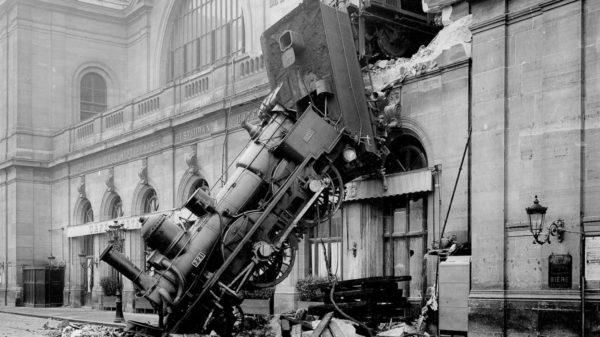 Per una ferrovia pubblica e sociale