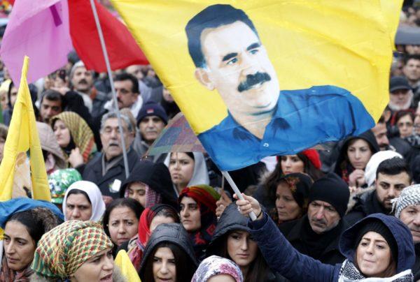 Kurdi: HDP, HDK, DBP e DTK rilasciano una dichiarazione sull'isolamento di Öcalan in Turchia