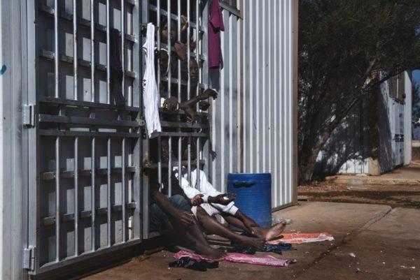 """Italia e Libia unite da """"crimini contro l'umanità"""" contro i migranti"""