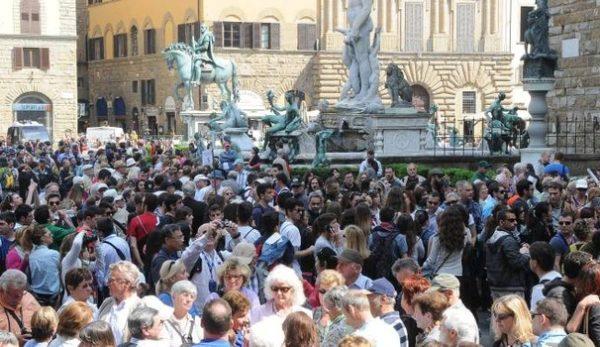Turismo di massa e città, da Roma a Venezia, Barcellona e Berlino. Cosa si muove intorno a noi
