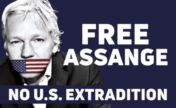 Julian Assange subito libero. Perché a rischio è la nostra, di libertà