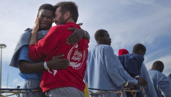Riccardo Gatti, Open Arms: i governi silenziano su ciò che succede nel Mediterraneo
