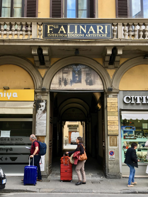 Gli Alinari a Firenze, ieri laboratorio e archivio di pregio e oggi?