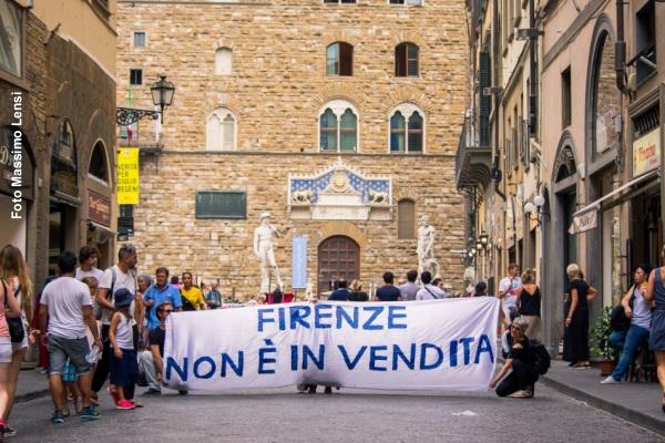 Turismo e finanziarizzazione immobiliare. Il caso di Firenze