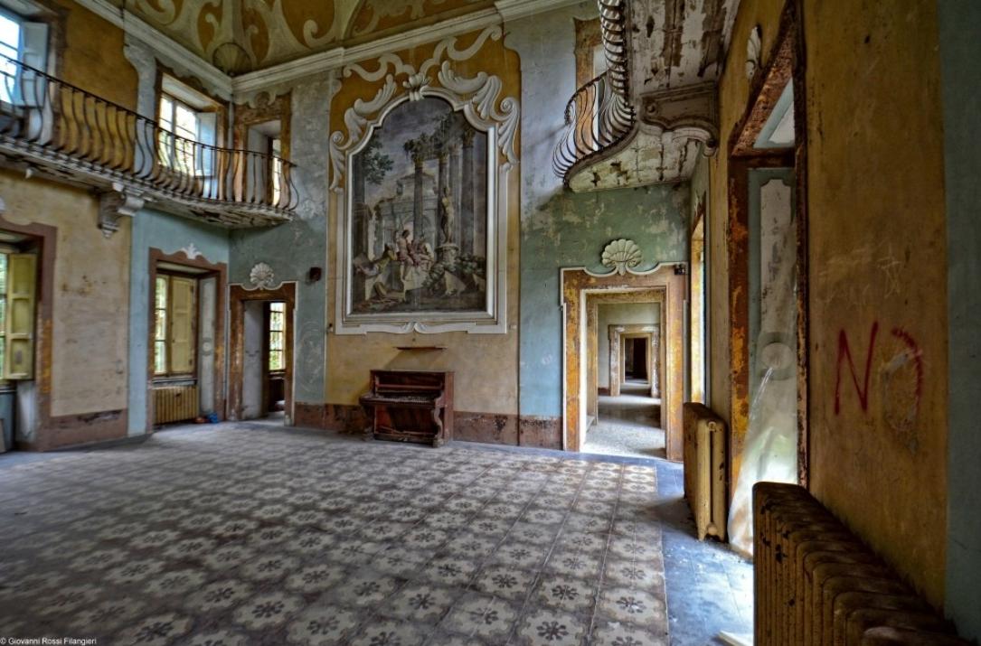 Salone di Villa Tanzi (www.esserealtrove.it)